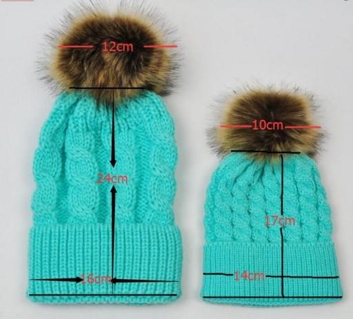 """Набор 2шт. вязанная косичкой теплая шапка с меховым помпоном """"Мама и я"""" - 5"""