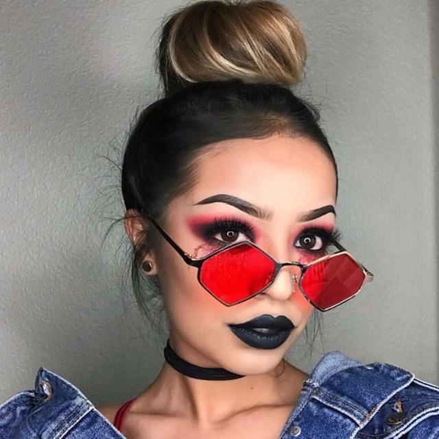 Солнцезащитные очки-ромбы с прочной металлической оправой (в наличии черные и красные) - 1