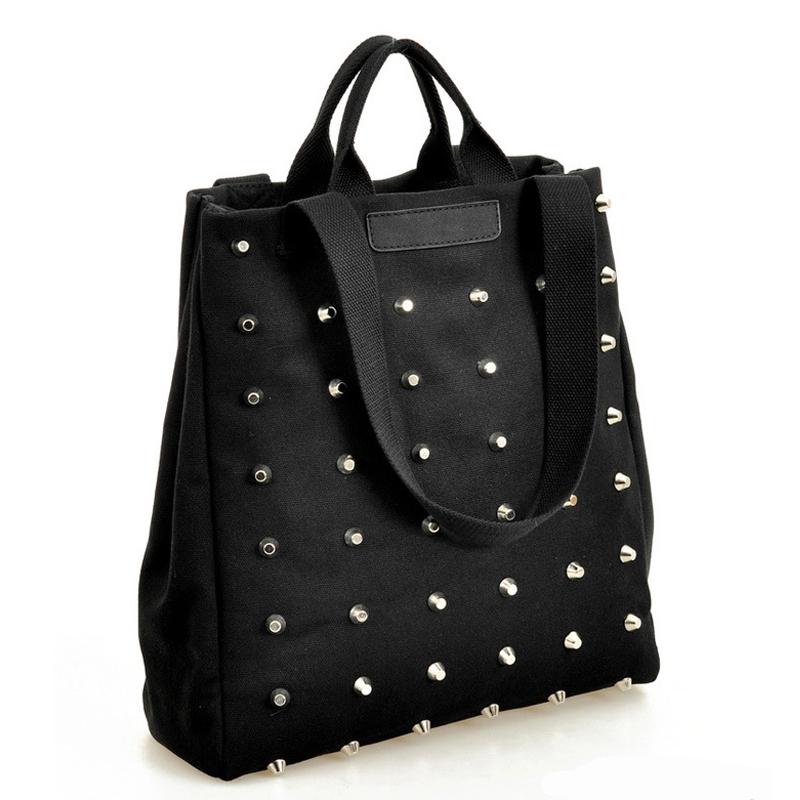 Текстильная черная сумка-уикендер в металлические заклепки - 2