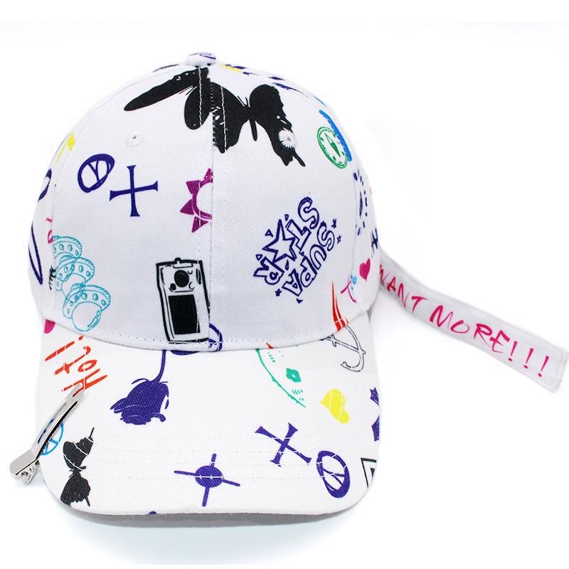 Кепка-бейсболка хлопковая с граффити в стиле аниме и длинной тесьмой (в наличии белая) - 7