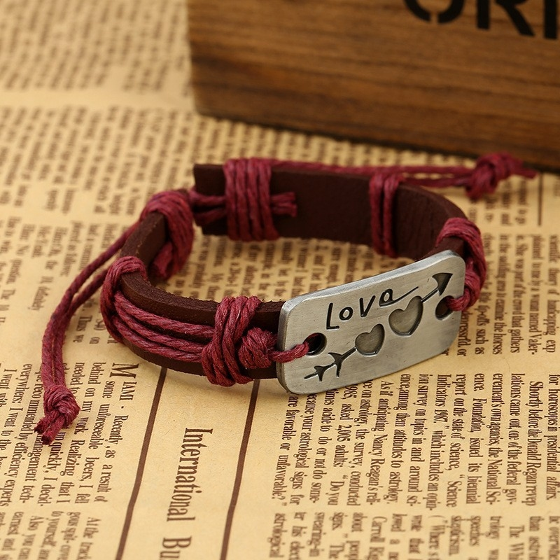 """Кожаный браслет """"Это любовь"""" - 5"""