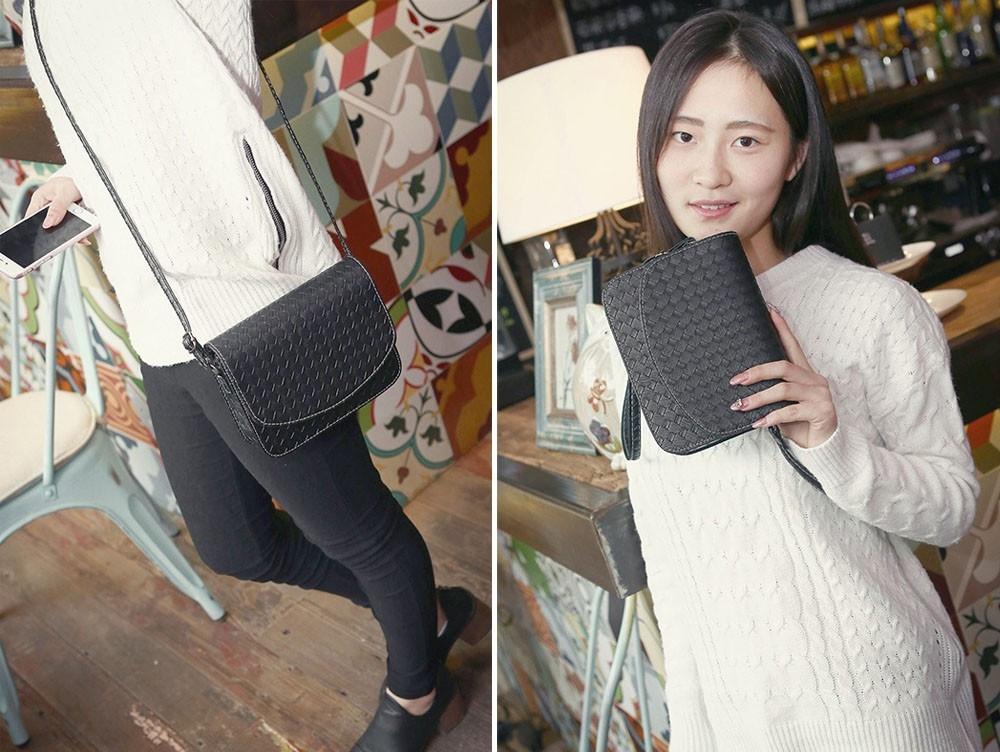 Плетеная женская сумка-почтальон с металлическим оттенком - 10