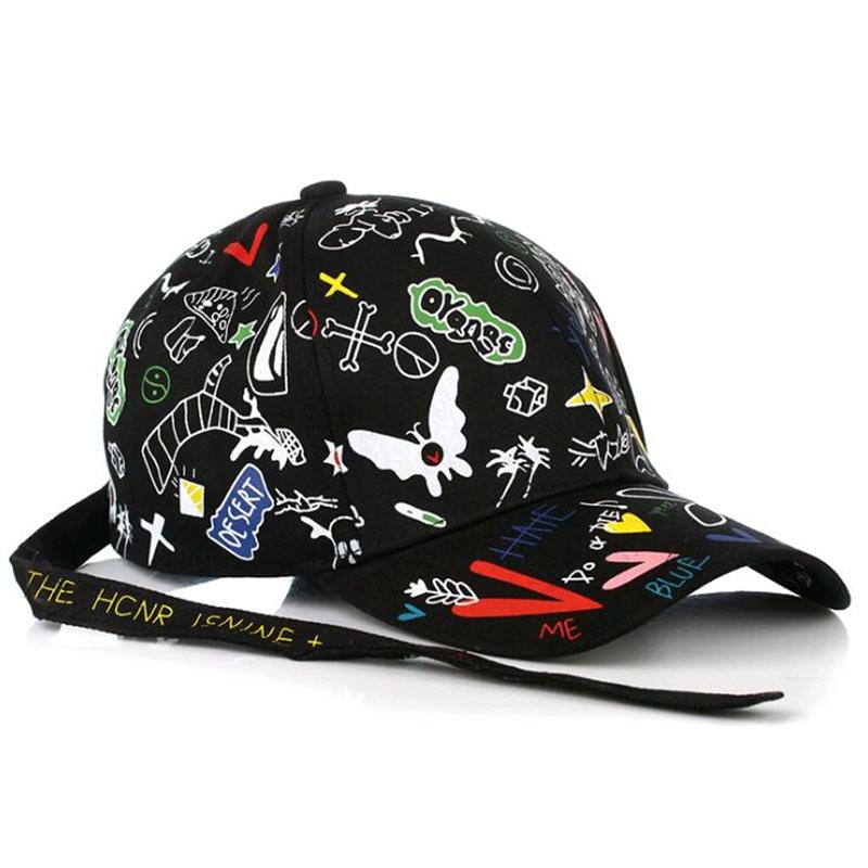 Кепка-бейсболка хлопковая с граффити в стиле аниме и длинной тесьмой (в наличии черная) - 12